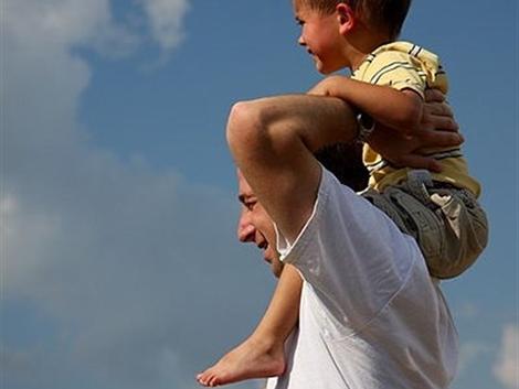 Los padres solteros tienen más riesgo de sufrir problemas mentales y físicos