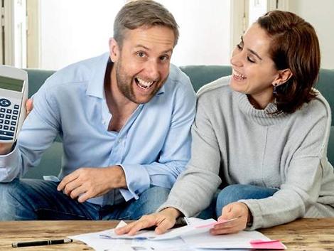 Las parejas sin hijos ahorran un 10% más que aquellas con menores a cargo