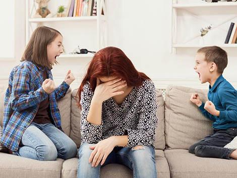 Mis hijos no dejan de pelearse: ¿cuándo y cómo intervenir?