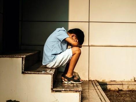 El delegado de Familias de Madrid, a Vox: «Los niños que sufren abusos son atendidos sean del sexo que sean».