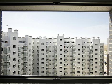 El Gobierno de Ayuso eleva de 15 a 30 años el plazo para poder vender viviendas protegidas a precio libre