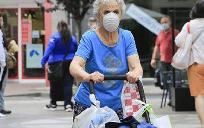El coronavirus sí distingue y se está cebando en los barrios más humildes