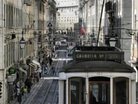 Portugal sigue perdiendo población pese al aumento de natalidad y la llegada de extranjeros