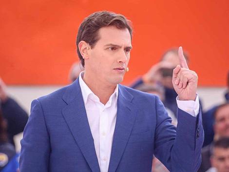 """Rivera critica el """"sablazo intolerable"""" de las subidas fiscales del Gobierno"""