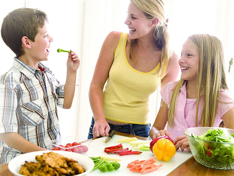 51. La familia como agente promotor de estilos de vida saludables
