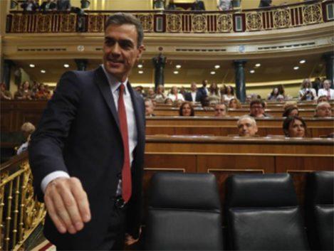 Sánchez centra su programa en los proyectos sociales frustrados en la anterior legislatura