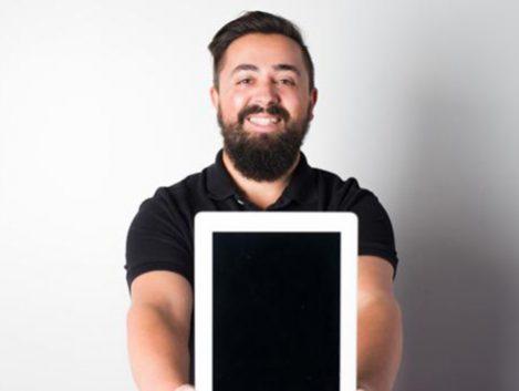 «El gran enemigo de los jóvenes no es la tecnología, sino el tiempo que le dedican»
