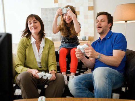 El 50% de las familias tienen menores que juegan con videojuegos