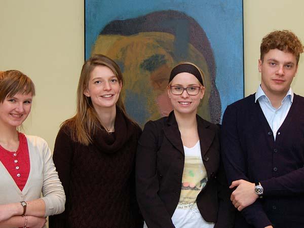 Cuatro jóvenes promoverán la familia por todo el mundo