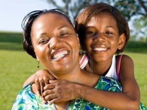 El empoderamiento de la mujer a través de la promoción de las familias