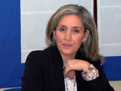 """María José Olesti: """"En crisis, la familia es colchón anímico y económico"""""""