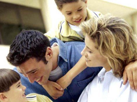 """The Family Watch reclama """"reconocimiento social y económico"""" para los padres de familia a través de políticas de apoyo"""