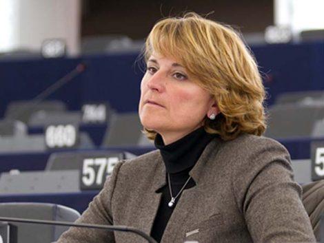 Europa propone ampliar la baja maternal a mujeres con discapacidad