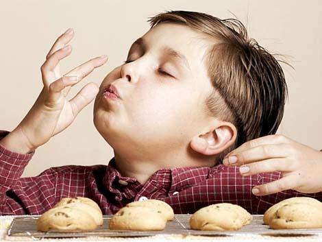 El pediatra de atención primaria y la familia, claves en la prevención de la obesidad infantil