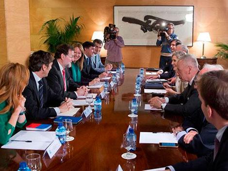 Rajoy se reúne con The Family Watch para que las leyes cuenten con la familia