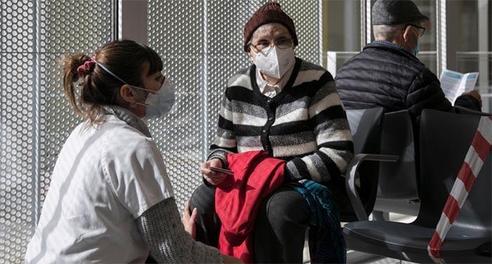 La hora de la vacunación de los enfermos crónicos más vulnerables