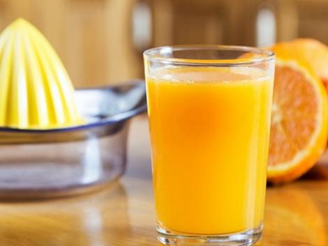 El zumo de frutas, también el natural, incrementa el riesgo de cáncer